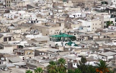 En viktig grunn til kirkens vekst i Nord-Afrika, er kristent satellitt-TV og tilgangen til internett. Foto: Åpne Dører