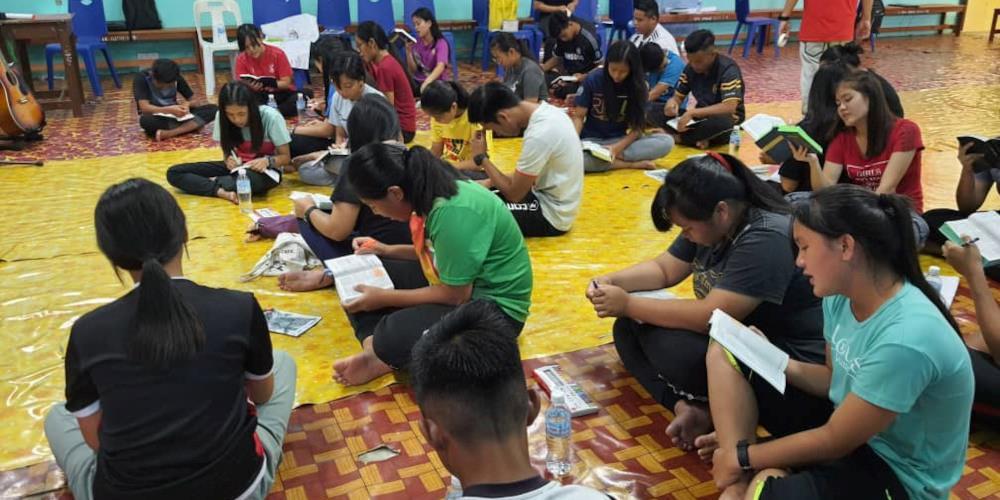 Bildet er fra en tidligere disippelgjøringskonferanse i Sarawak, et område med mange kristne men samtidig et episenter for islamisering.