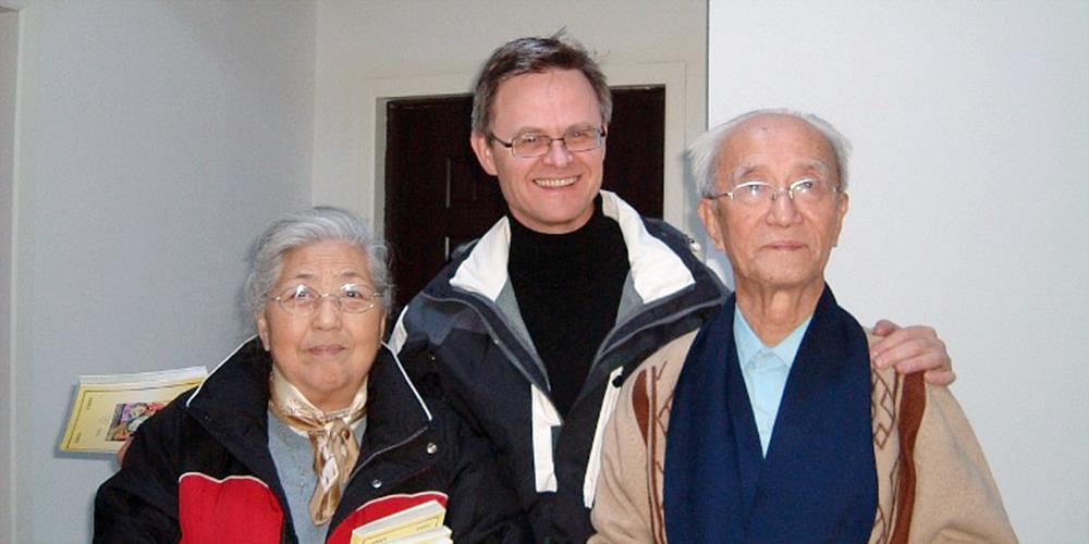 Moses Xie satt fengslet i 23 år. Her sammen med Ole Lilleheim.