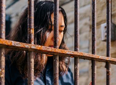 Bild från en filminspelning om fängelselivet i Nordkorea.