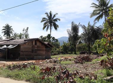 Provinsen centrala Sulawesi i Indonesien. Bilden är tagen i byn som utsattes för ett liknande dåd i november förra året.