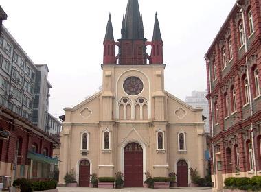 En kyrka i Shanghai (kyrkan på bilden har inget samband med texten).