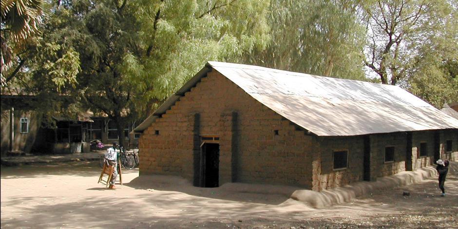 Flera samfund befinner sig i konflikt med sudanesiska myndigheter om äganderätten till kyrkornas fastigheter. På bilden en presbyteriansk kyrka i Juba. Bilden har ingen koppling till artikeln.