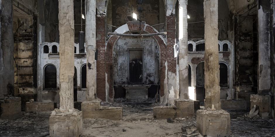 Under de senaste åren har flera våldsamma attacker riktats mot kristna i Egypten. På bilden syns en kyrka i Minya som förstördes i augusti 2013.