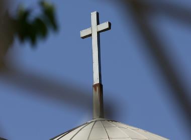 Flera kristna ledare sitter fortfarande fängslade i Iran efter en offensiv mot troende.