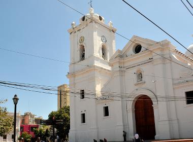 Kyrka i norra Colombia (kyrkan på bilden har inget samband med texten).