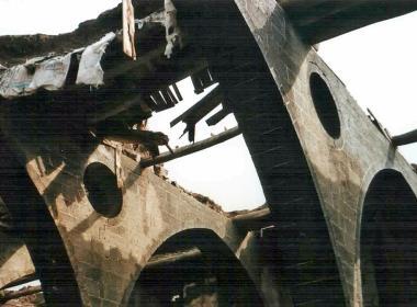 Ruinerna av en armenisk kyrka i sydöstra Turkiet.