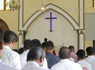 Bild från en gudstjänst i centrala Indien.