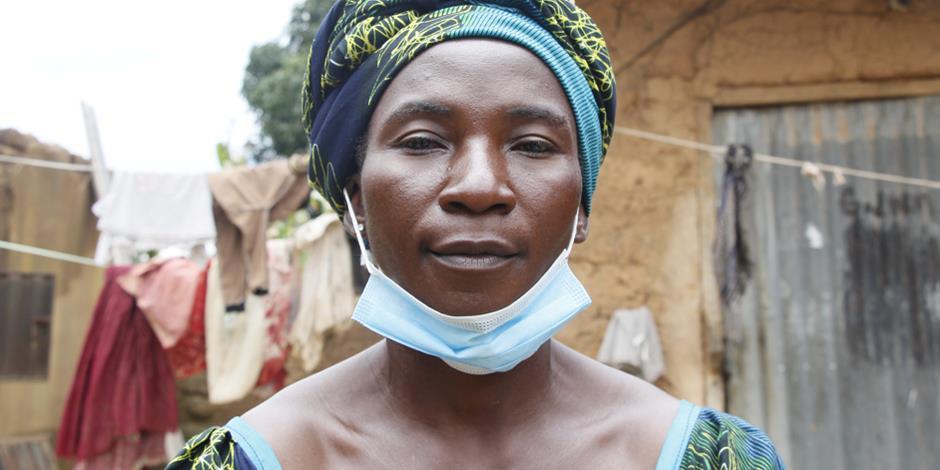 Hajaratu överlevde när hennes by attackerades, men förlorade sin lilla dotter i samband med flykten.
