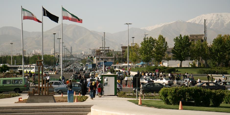 Utsikt över Azadi nära Theran. Foto: Open Doors