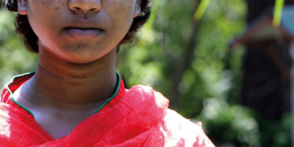 Saree misshandlades av sin bror när han fick reda på att hon hade fortsatt gå till kyrkan, mot sina föräldrars vilja.