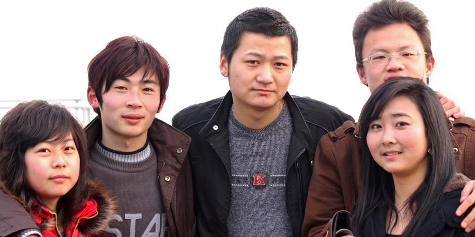 Tonåringar i Kina (personerna på bilden har inget samband med texten).